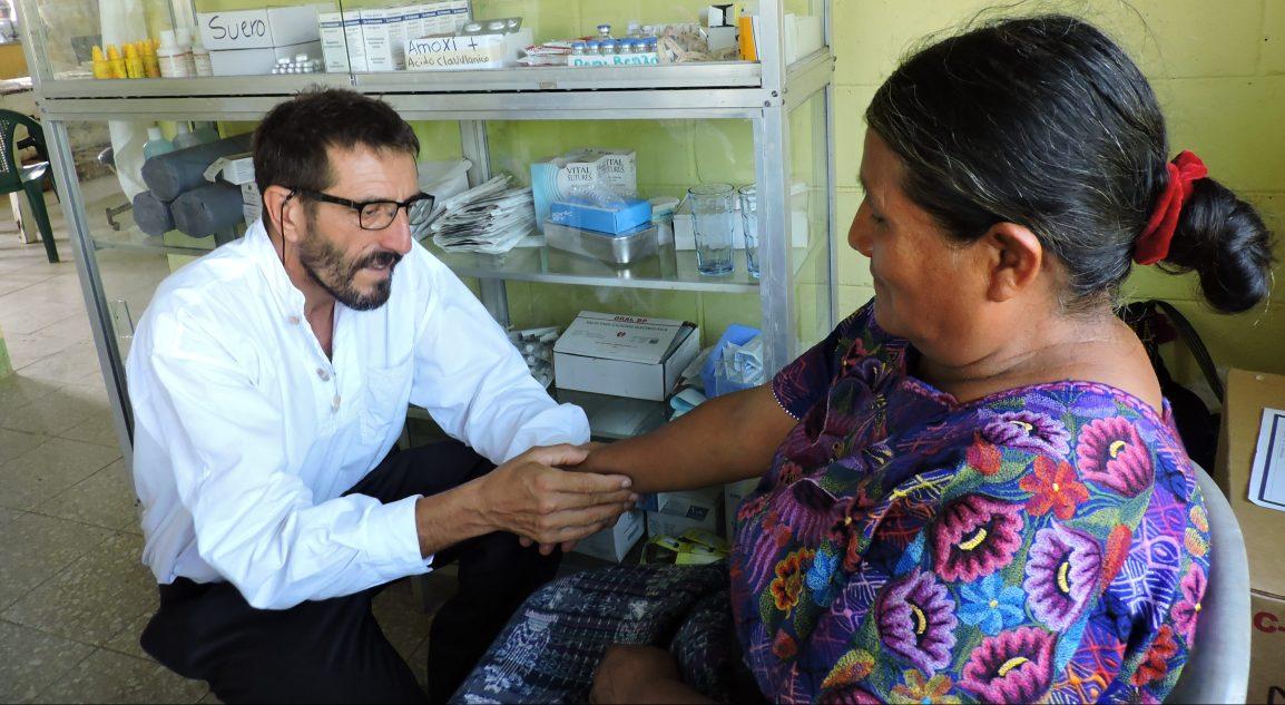 Viernes 17 Abril, ONLINE GRATUITO- Dolores de cabeza, tratamientos conmasaje