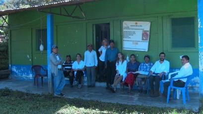 Realizamos una capacitación en Acupuntura para los promotores de salud locales y realizamos más de 400 consultas a los miembros de la comunidad que visitaban la clínica con diferentes afecciones. Incluidos bebes, a los que tratamos con TuiNa
