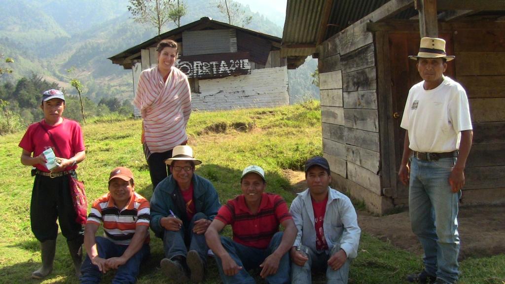 GUATEMALA, Ling Tao Acupuntores  Primera capacitación en acupuntura con los promotores de Salud de CPR-sierra