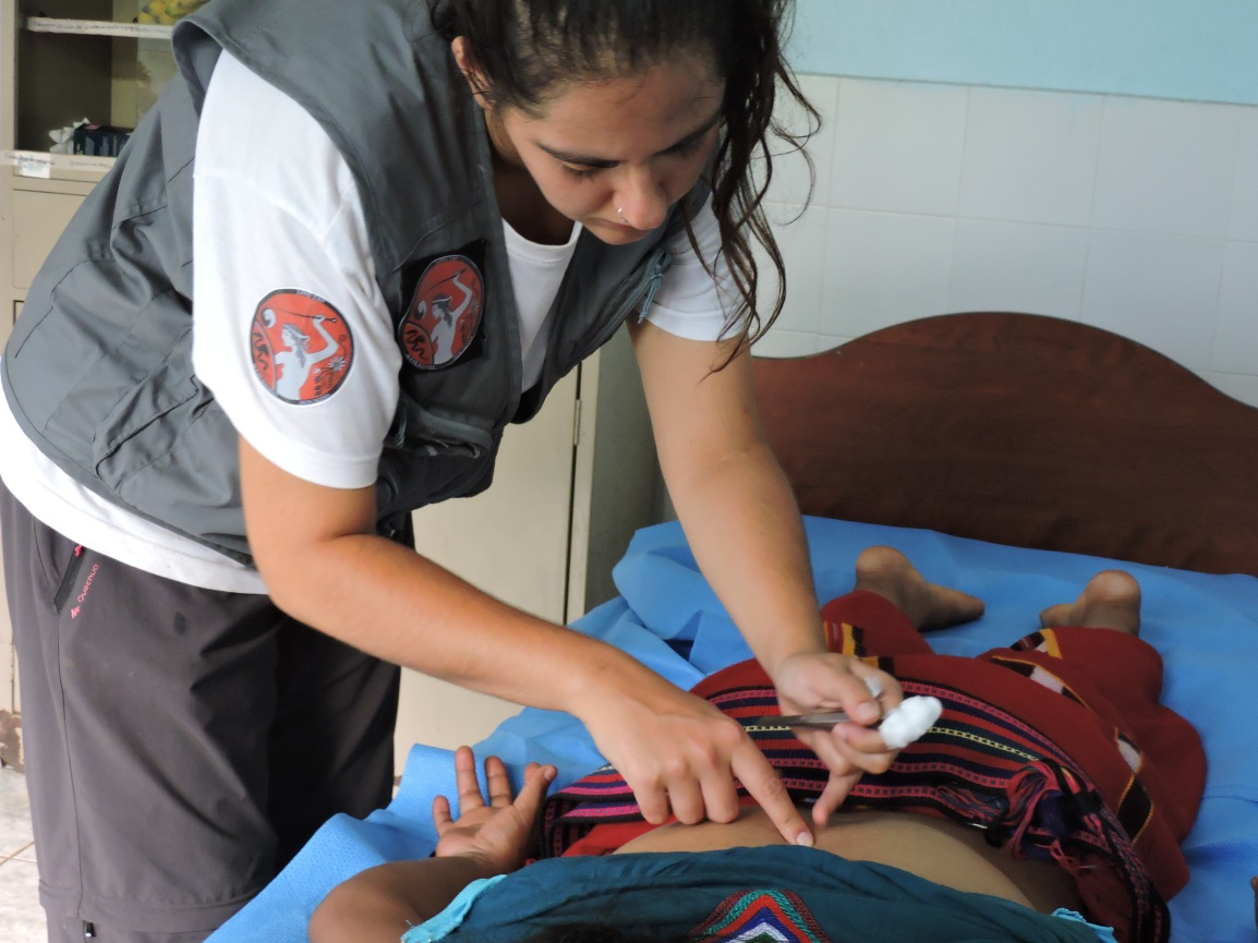 El relato de Sara, sobre la acupuntura descalza en Guatemala2018